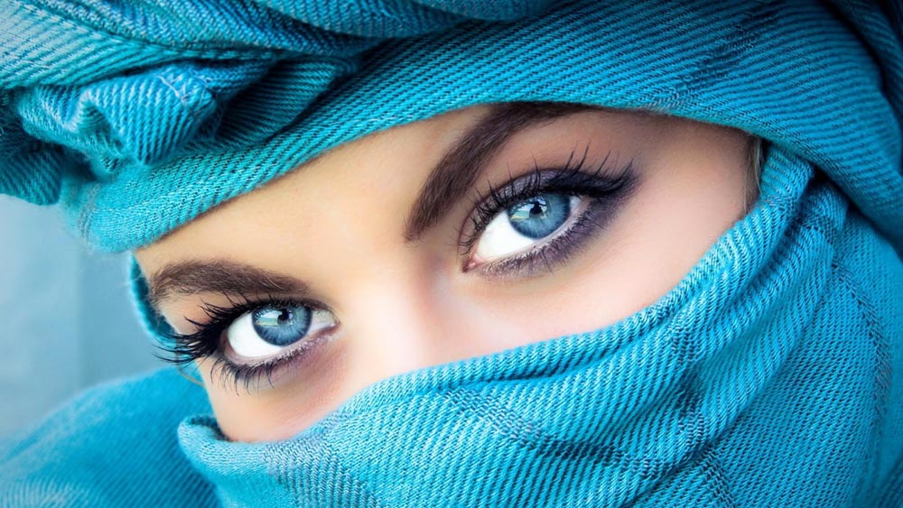 Pretty Eyes (7 Photos)