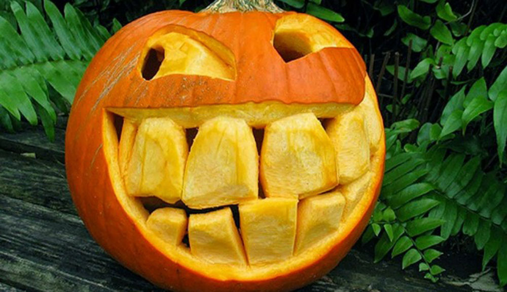 Carved Pumpkins by Ray Villafane (23 Photos)