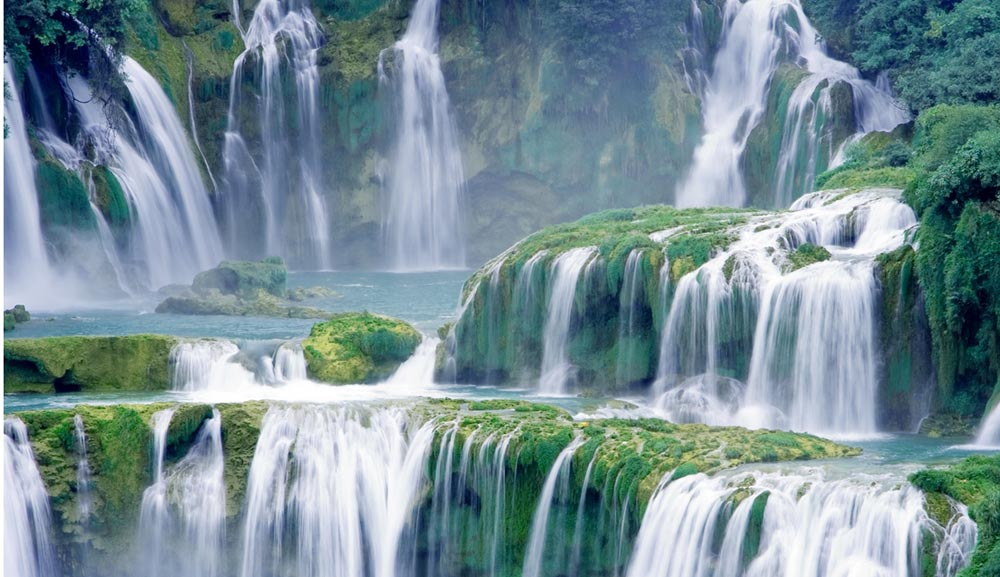 Waterfalls You Thought Only Existed In Fairy Tales (18 Photos)