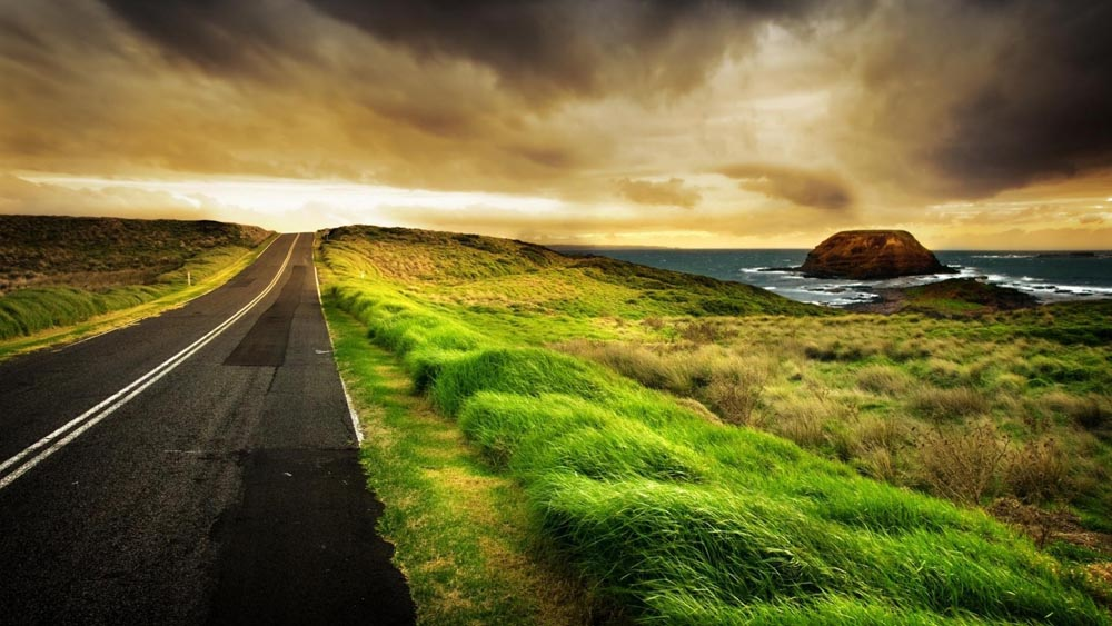 Amazing Roads (18 Photos)