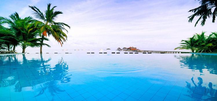 Amazing Designs of Swimming Pools (9 Photos)