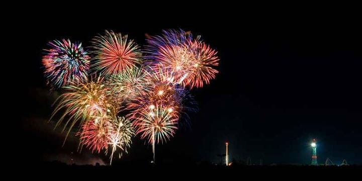 Firework (11)