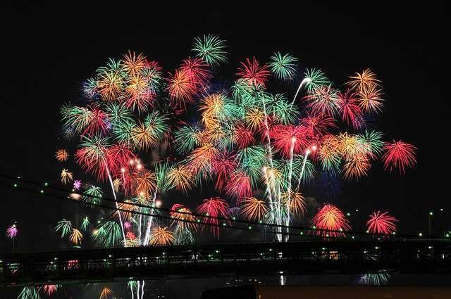 Firework (14)