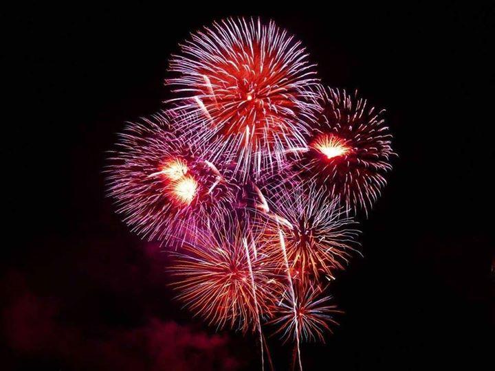 Firework (8)