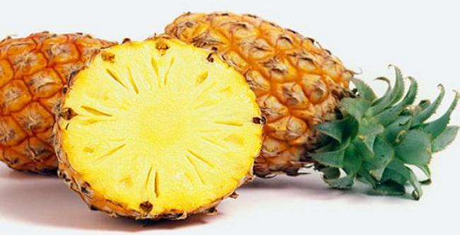Pineapple_Fruit_Pictures_Images_Wallpaper
