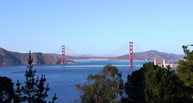 01golden_gate_bridge_far