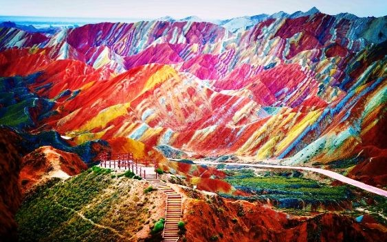 10 Amazing Places On Earth You Won't Believe Are Real
