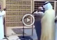 Bait Ullah Shareef Ke Moazzin, Azaan Detay Hue (Video)