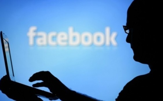 10 Ways Facebook Can Get You Into Trouble