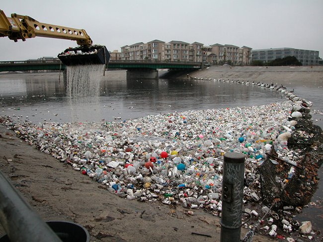 Accumulation of waste in a river