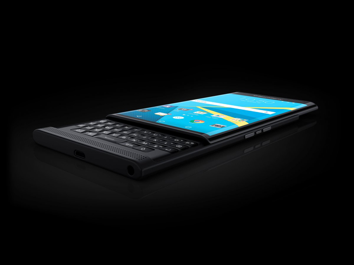 17-blackberry-priv-InfoMazzaDotCom