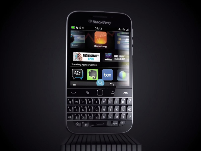 19-blackberry-classic-InfoMazzaDotCom