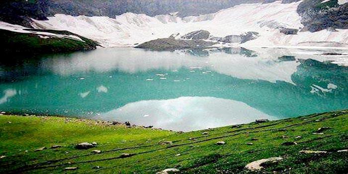 05-Ratti Gali Lake