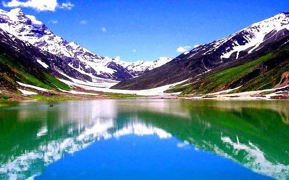 Saif ul Malook Lake (Photos & Information)
