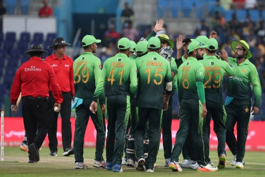 Pakistan beat Sri Lanka by 7 wickets in 4th ODI