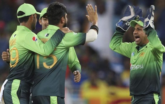 Pakistan bowlers take charge against Sri Lanka in Dubai